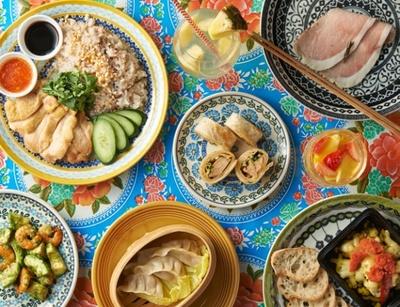 ヘイヘイマンボでは、台湾や香港、タイなどアジア各国の小皿料理40種以上をそろえる